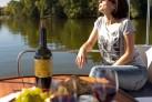 Auf dem See Masuren Hausboot