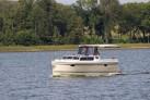 Hausboot auf dem See in Masuren