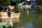 Krutinna Paddeln auf dem masurischen Fluss- Angeln