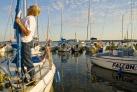 Loetzen Anlegestelle fuer Hausboote und Segelboote